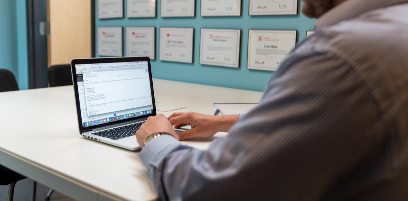 How to Choose Between HubSpot Partners